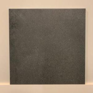 vloer-donker-grijs-mat-tegel-Badkamerstudio-Urk